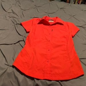 COLUMBIA Women's OMNI SHADE SS Button Up. Size XS